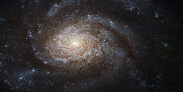 ngc_3810_captured_by_the_hubble_space_telescope